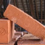 Batu Bata Merah: Bahan Baku, Ukuran, Jenis & Harga Jual